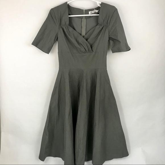 MUXXN Dresses & Skirts - Muxxn structured dress
